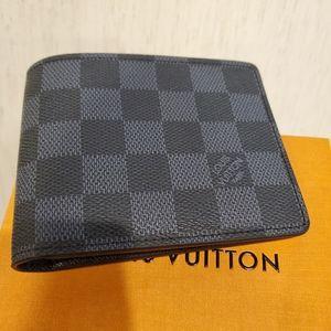 New Louis Vuitton graphite bifold wallet